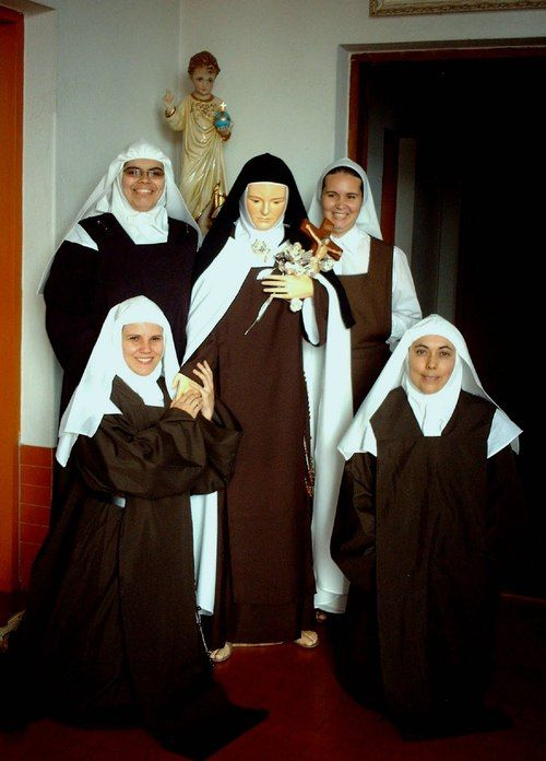 Discalced Carmelites | Brides of Christ | Bride of christ