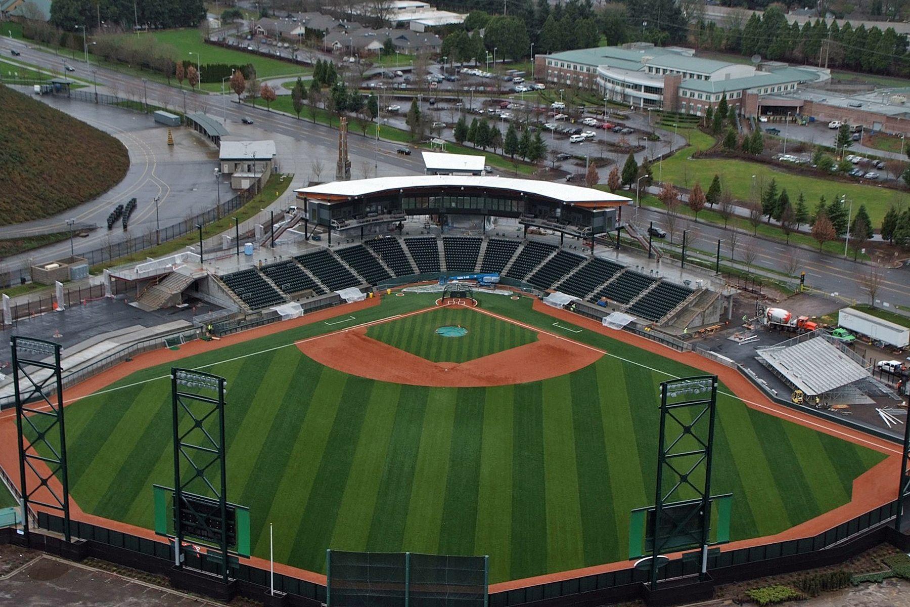 The Official Site Of The Eugene Emeralds Go Ems Com Homepage Oregon Ducks Park University Of Oregon