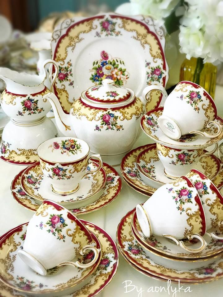 Tuscan Vintage Tea Time Porcelain Tea Set Decorative Dish