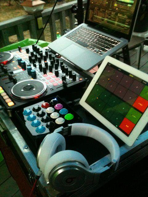 New Setup: MacBook Pro 2012 (Traktor Pro 2 5)* Vestax VCI