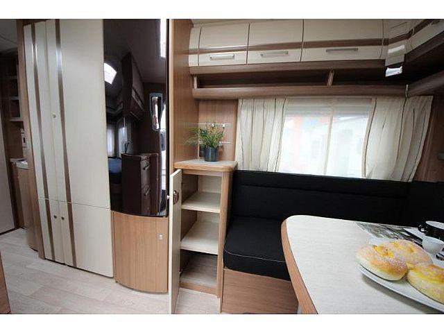 fendt bianco celebraton 495sfe wohnwagen mobile. Black Bedroom Furniture Sets. Home Design Ideas