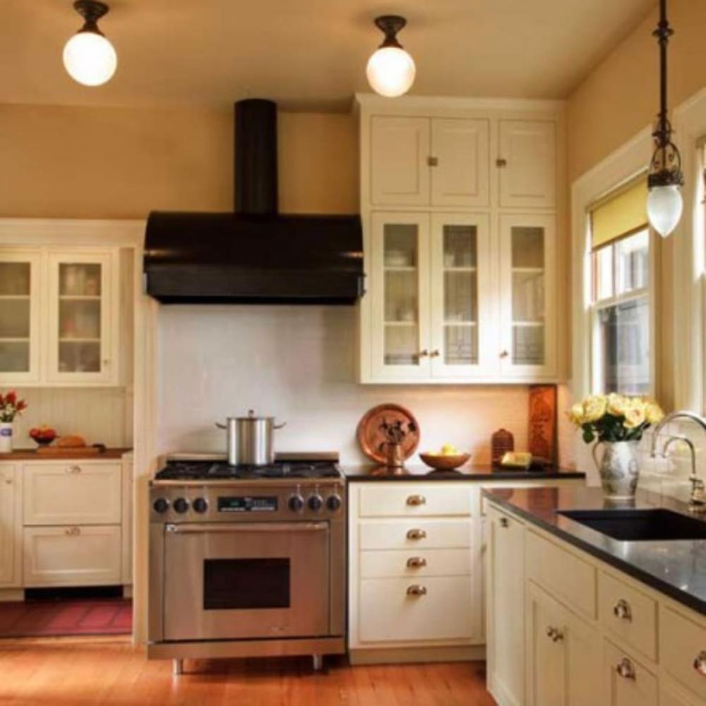 1920s Kitchen Google Search In 2020 1920s Kitchen Bungalow Kitchen Kitchen Interior