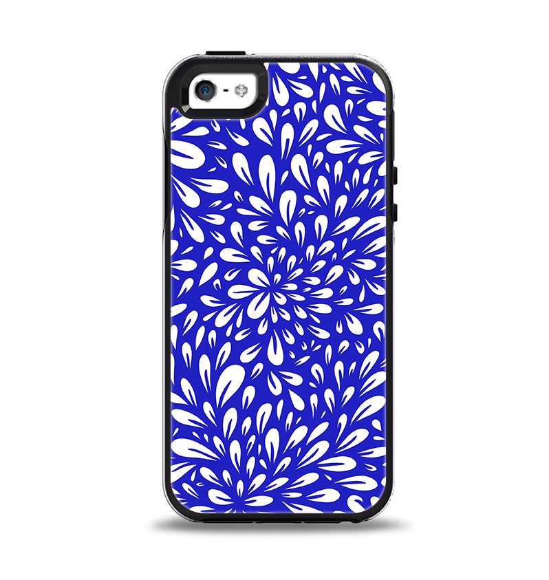 The Royal Blue & White Floral Sprout Apple iPhone 5-5s Otterbox Symmetry Case Skin Set