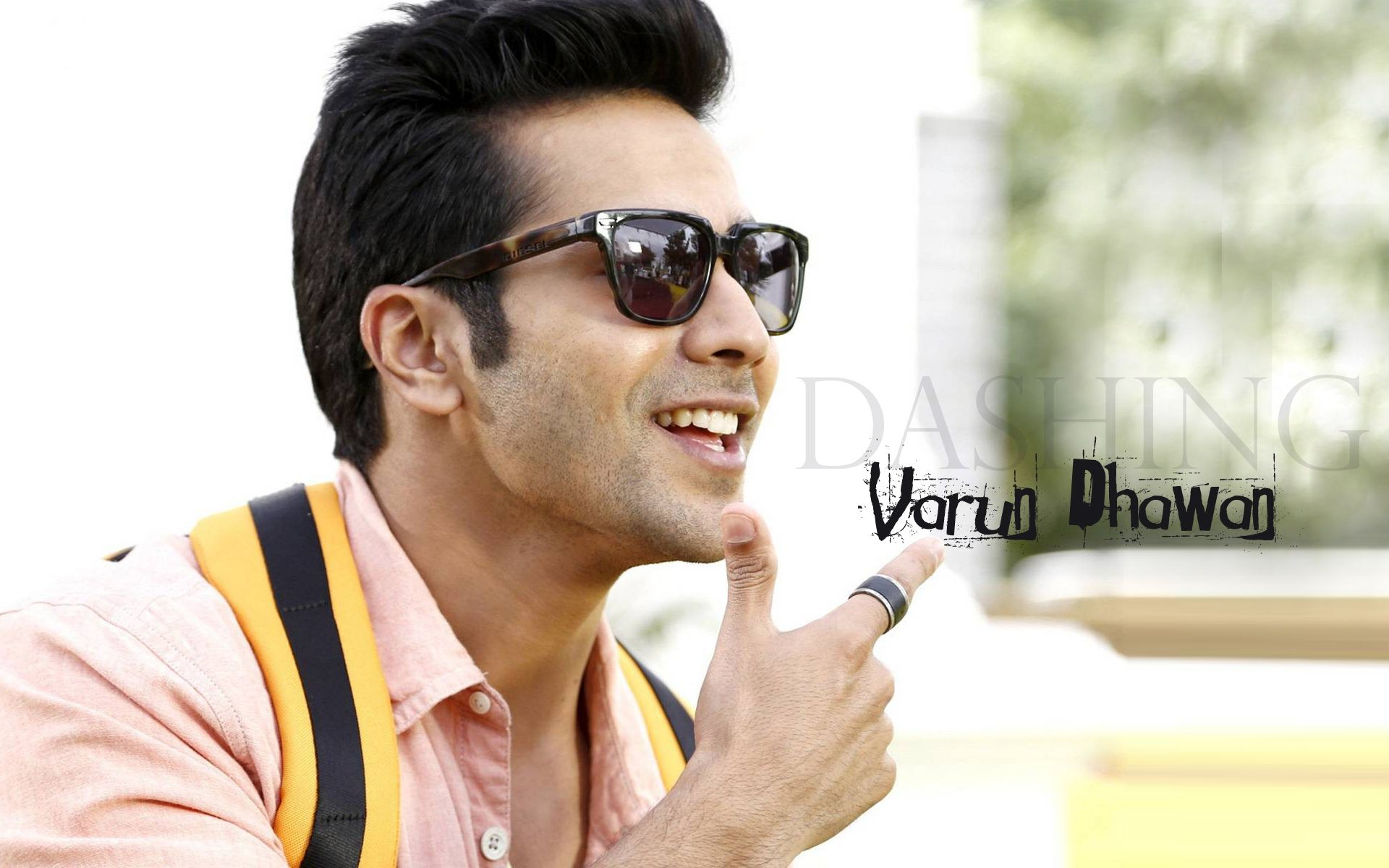 Varun Dhawan Hd Wallpaper In 1080p Varun Dhawan Bollywood Actor
