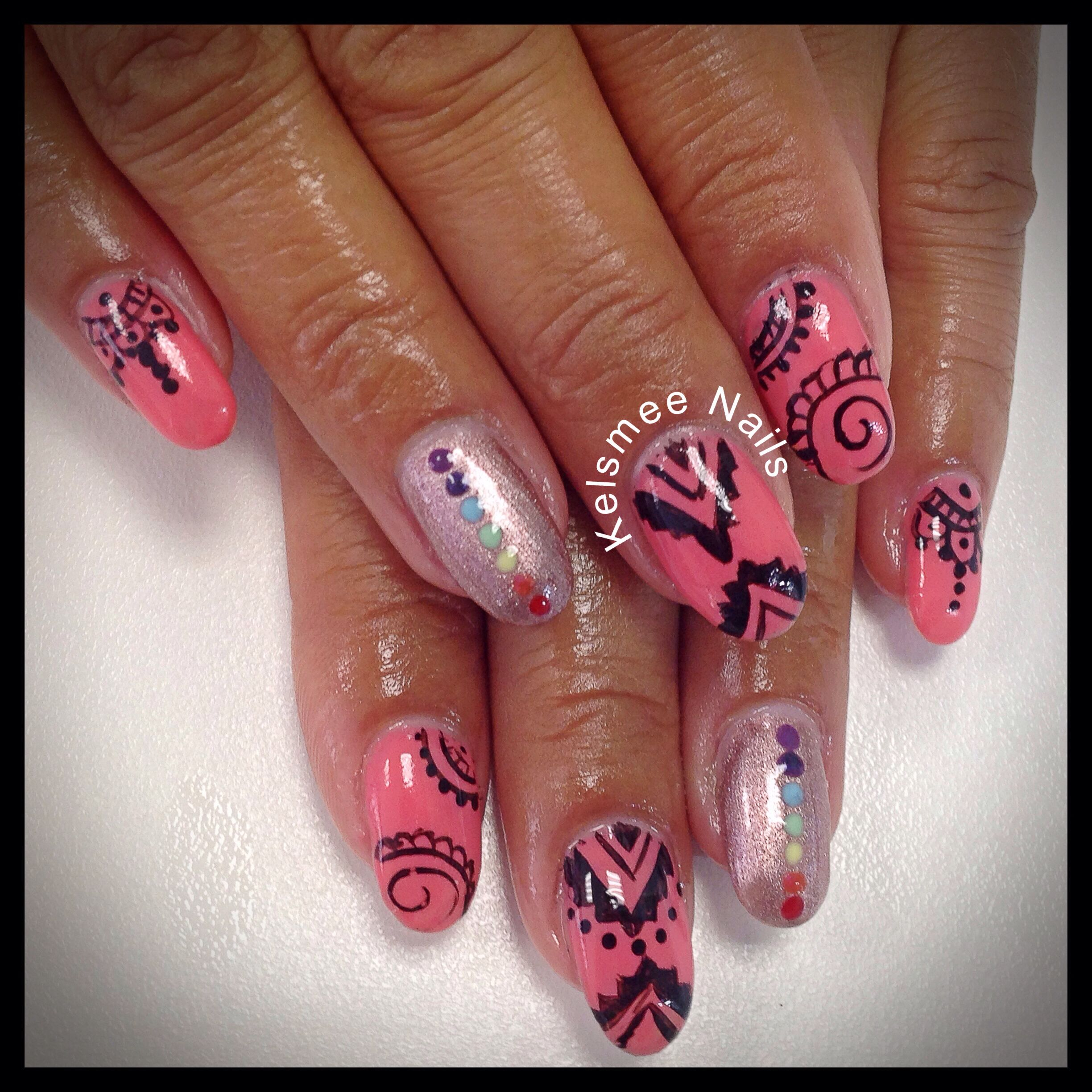 Young Nails gel ManiQ overlay, bohemian style And chakra colors