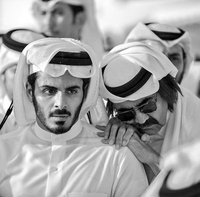 Thousands Pay Respects To Late Grandfather Emir Sheikh Khalifa Muslim People Handsome Prince Handsome