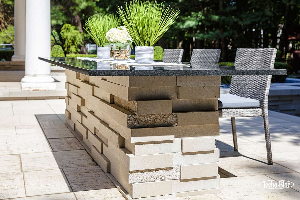 Modern Outdoor Bar Inspiration For Your Dining Space Outdoor Bar Modern Outdoor Concrete Retaining Walls