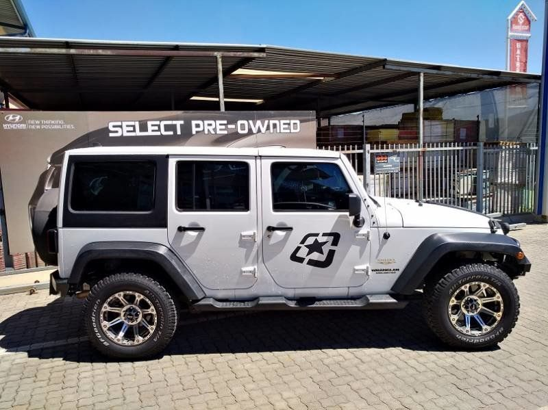 Used Jeep Wrangler Unlimited 3 6l V6 A T For Sale In Gauteng