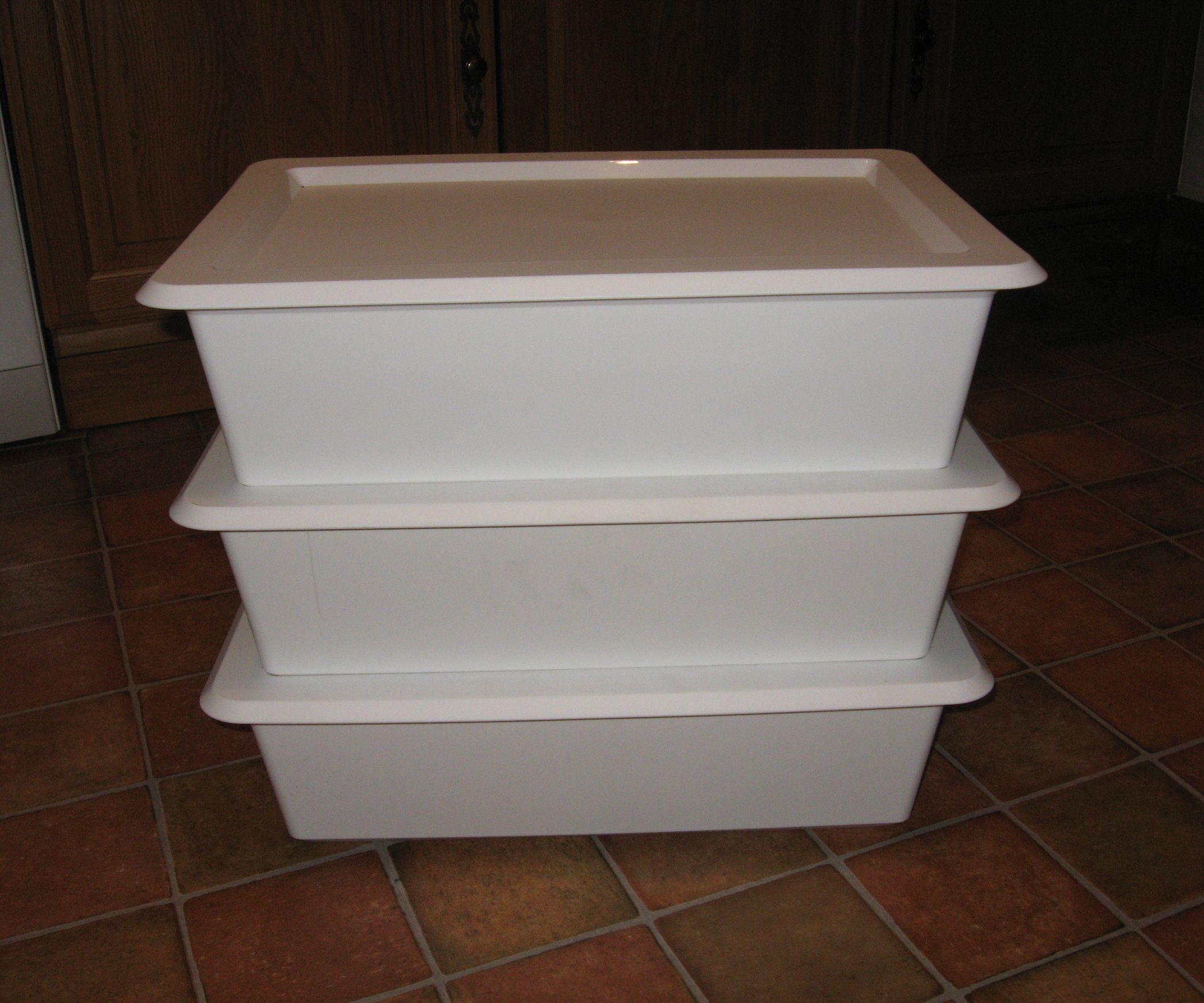 Simple Diy Wormery Ikea Hack With Images Worm Composting