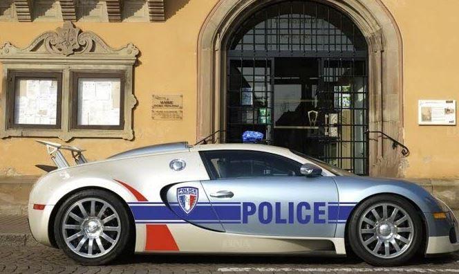 voiture de police municipale obernai bugatti veyron les. Black Bedroom Furniture Sets. Home Design Ideas