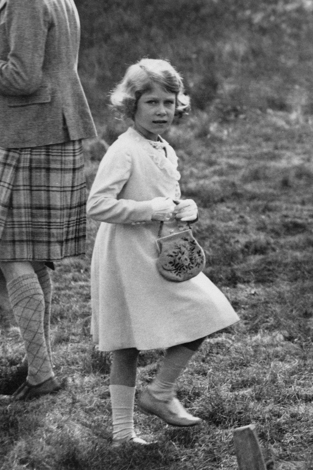 Queen Elizabeth II Style File Princess elizabeth, Queen