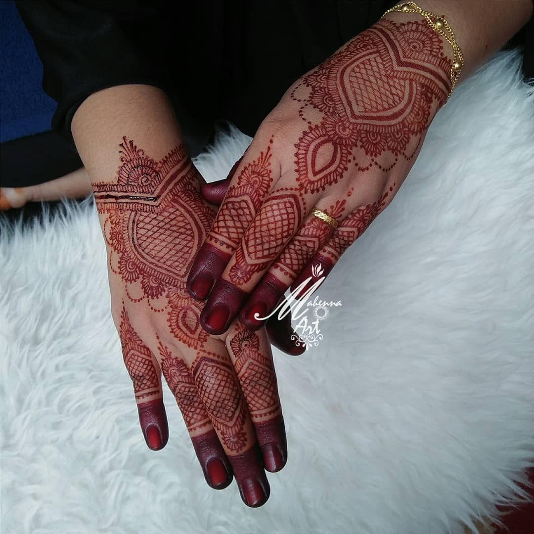 Alhamdulillah. Henna wedding kak nurul @nurul_akmal04 Lokasi ...