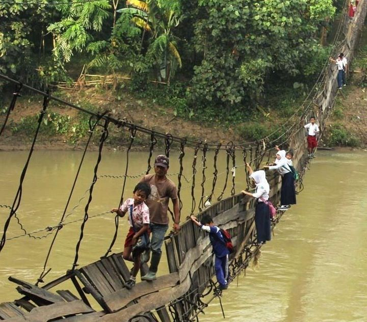 """Students on their way to school. Lebak, Indonesia."" via digg.com"