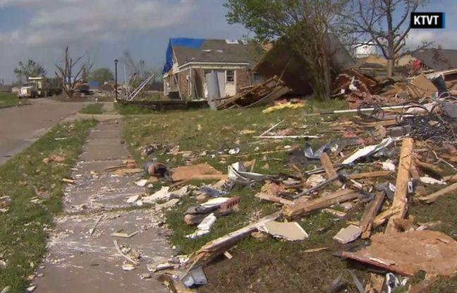 La tornade de la fin de l'année dernière avait endommagé les deux maisons de la ville de Rowlett, au Texas. L'une devait être détruite. La propriétaire de la seconde devait, elle, remettre en état son logis. Mais à cause d'une erreur de carte, celle-ci ne possède plus qu'un tas de gravats.
