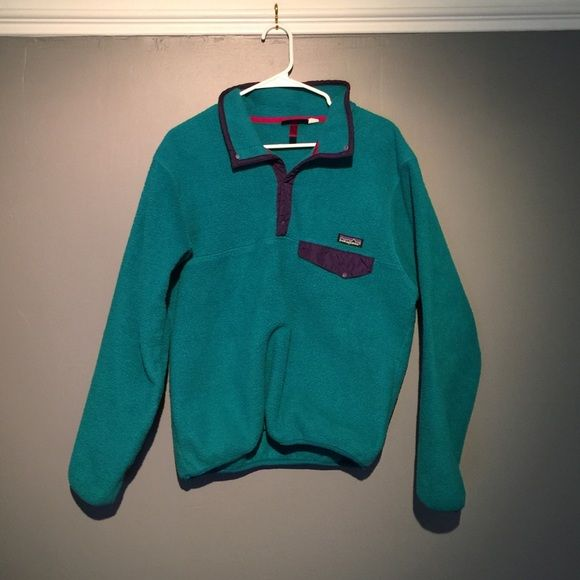 Vintage Patagonia Pullover This beautiful pullover jacket is in good condition. There is zero damage on either side! Smoke/Pet free home. •Made in the U.S. •❗️No PAYPAL❗️ •❗️No TRADES❗️ •❤️Reasonable Offers Only❤️ Patagonia Jackets & Coats