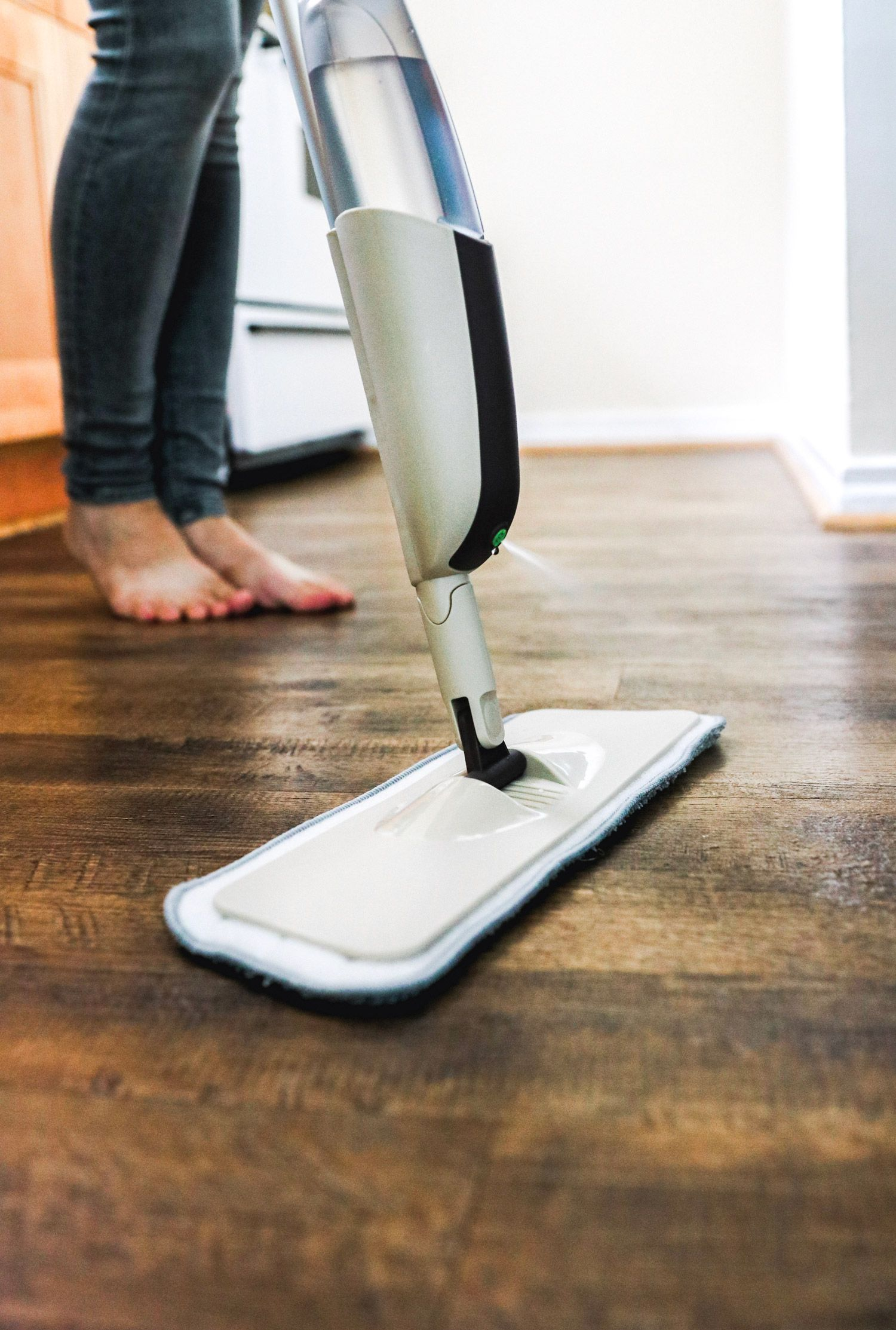 3ingredient laminate floor cleaner hello nest recipe