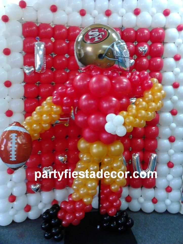 A Super Bowl Hero Thanks To PARTY FIESTA BALLOON DECOR Partyfiestadecor