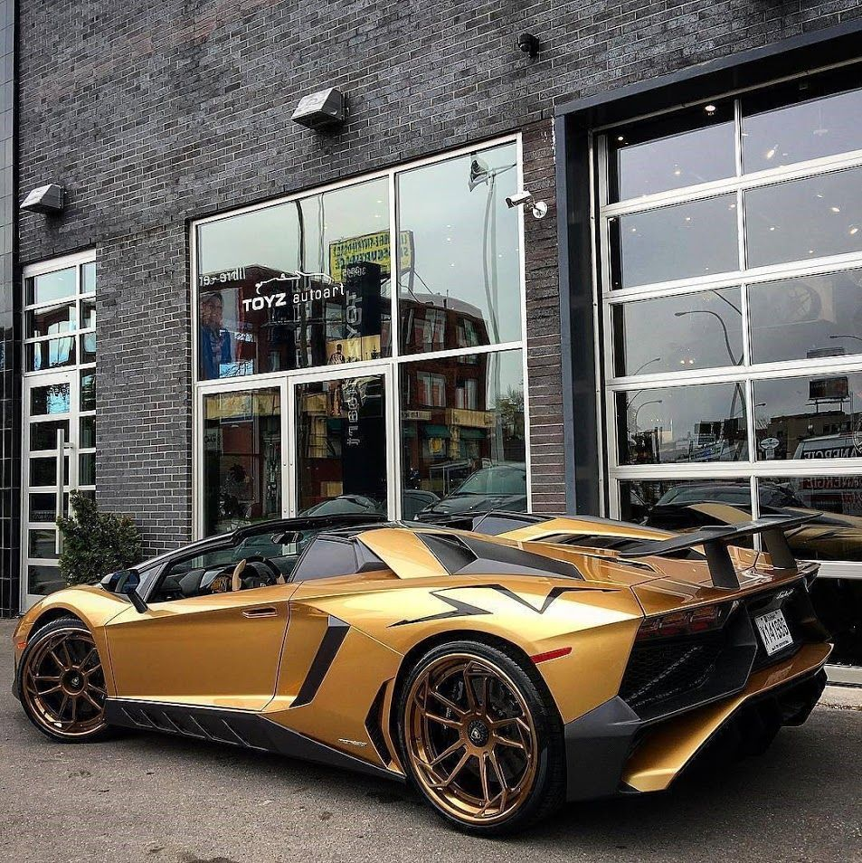 """107 Likes, 4 Comments - LAMBO GRAM '63 (@lambogram63) on Instagram: """"Would you drive a Gold SV? // via @toyzautoart"""""""