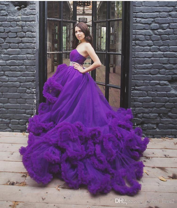 Bonito Vestido De Novia Rojo Ideas Ornamento Elaboración Festooning ...