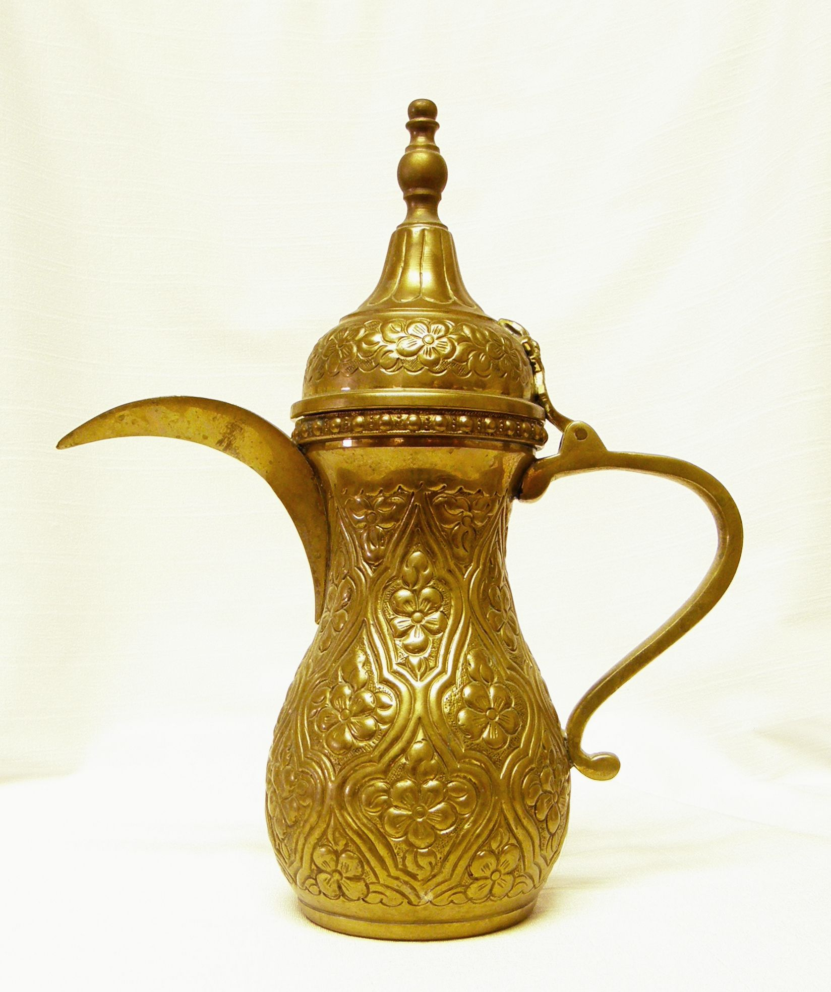 Arabica Tea Coffee Zeist Arabic Coffee Pot Google Search Tea And Coffee In 2019
