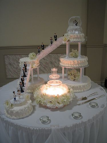 image of a stairs in wedding cake wedding cakes with fountains and stairs http 16312