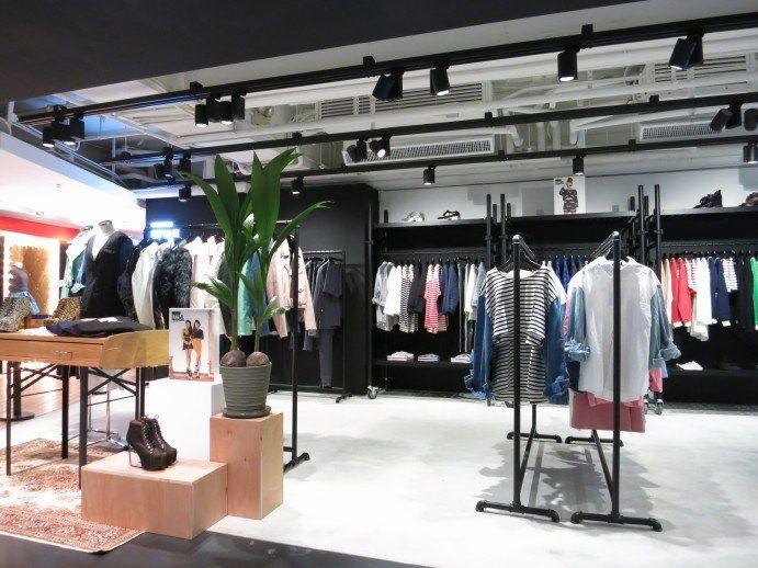 Hk Store Info Store Layout Wardrobe Rack Stylenanda