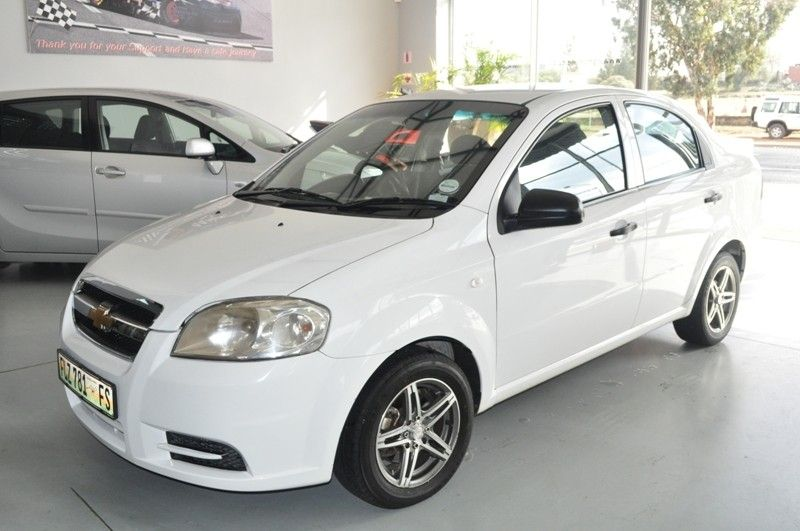 Chevrolet Aveo 1 6 Ls Sedan R79900 1032 Used Cars For Sale In