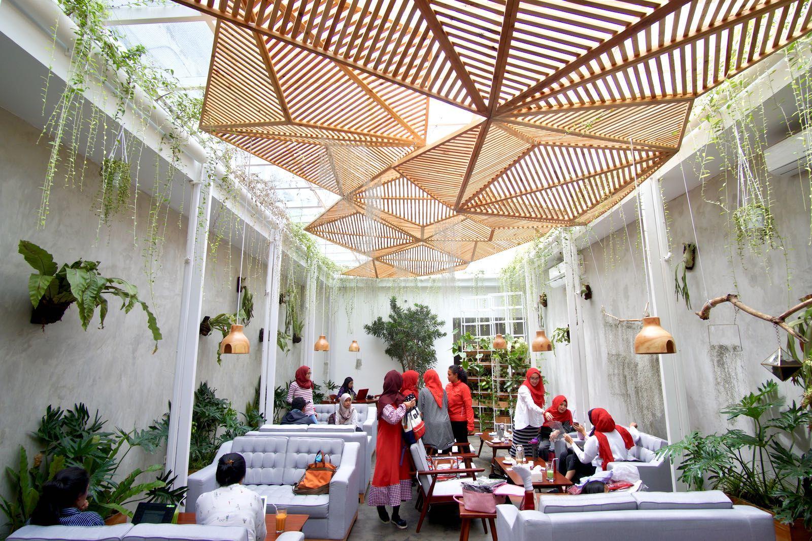 Cafe Dekat Kebun Binatang Bandung