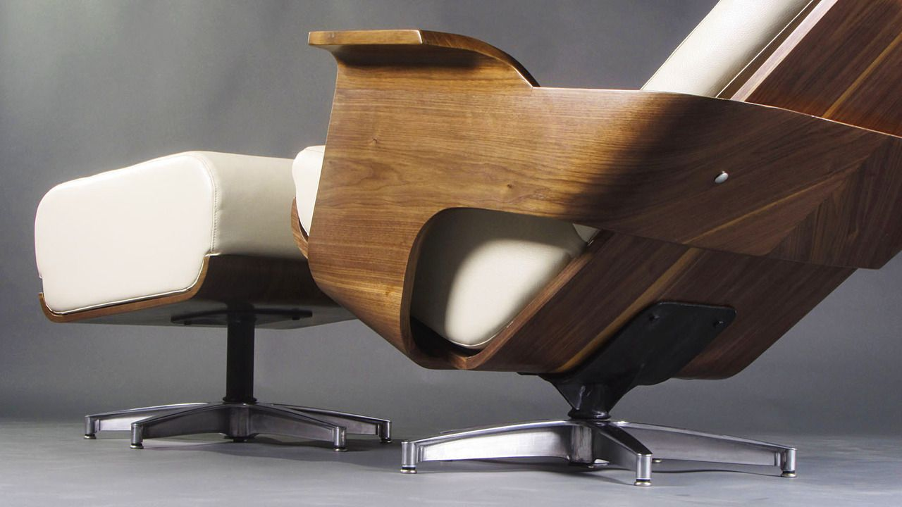 Admirable Reminiscent Of The Iconic 1956 Eames Lounge Chair Chaise Gmtry Best Dining Table And Chair Ideas Images Gmtryco