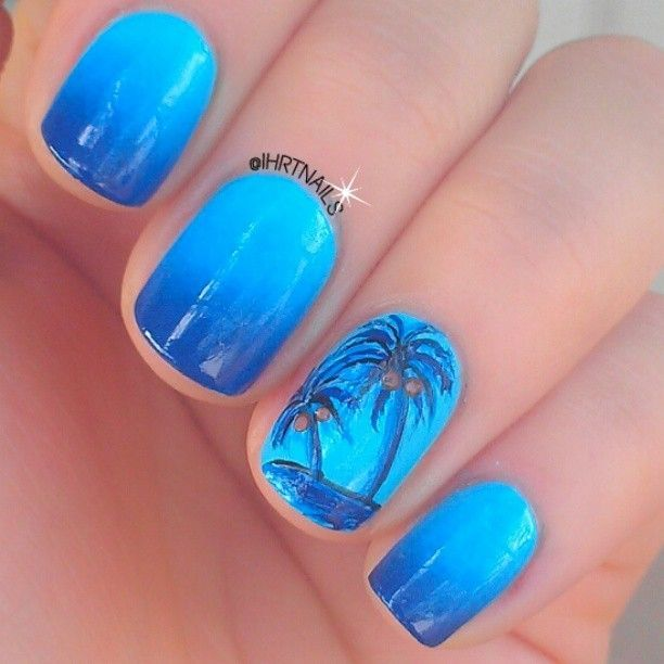 32 Gorgeous Nail Art Images Inspired By Summer Motifs: Palm Tree Nails Instagram Photo By Ihrtnails #nail #nails