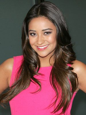 Famous Actress Shay Mitchell From Pretty Little Liars ABC Family 311 Channel with her MAC's Shale Satin Eyeshadow.
