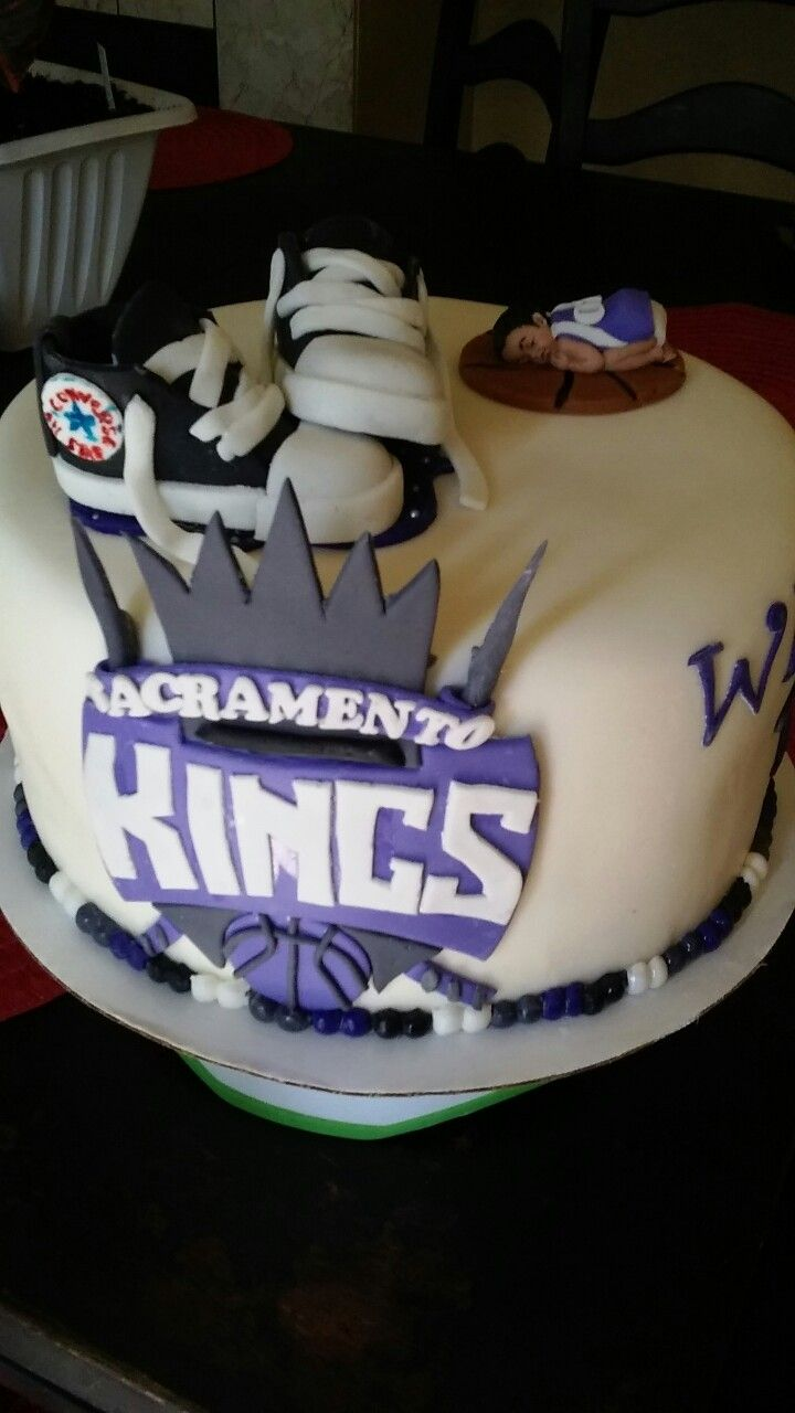 Swell Sacramento Kings Baby Shower Cake With Images King Cake Bites Birthday Cards Printable Inklcafe Filternl