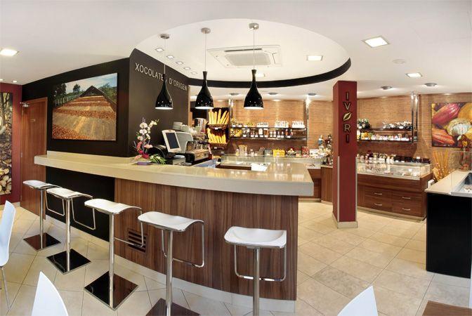 Decoracion pastelerias modernas buscar con google for Decoracion cafeterias modernas