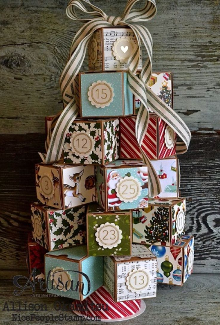 Adorable Christmas tree advent calender is such a creative idea, Easy craft project I'd like to make this holiday.