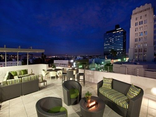 Nothing Like A Rooftop Living Room Los Angeles Apartments Outdoor Furniture Sets Apartments For Rent