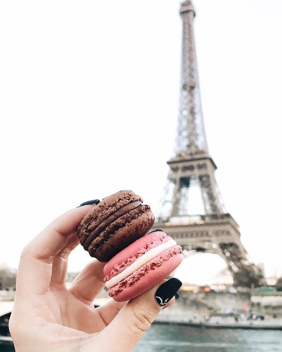 """""""Mi piace"""": 8,966, commenti: 57 - Alina Kolot (@alinakolot) su Instagram: """"Немного классики🙄😅 Макаронс вкусные, конечно, но лучше багета нет ничего😏😋"""""""