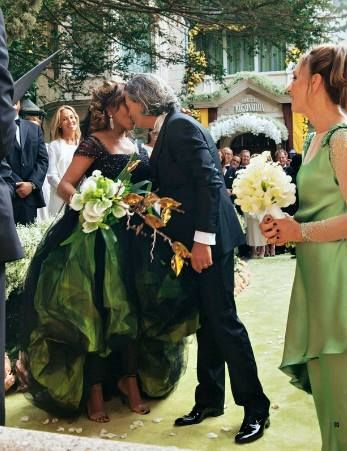 love tina's dress and the bridesmaid's dresses. biddy craft/mages of