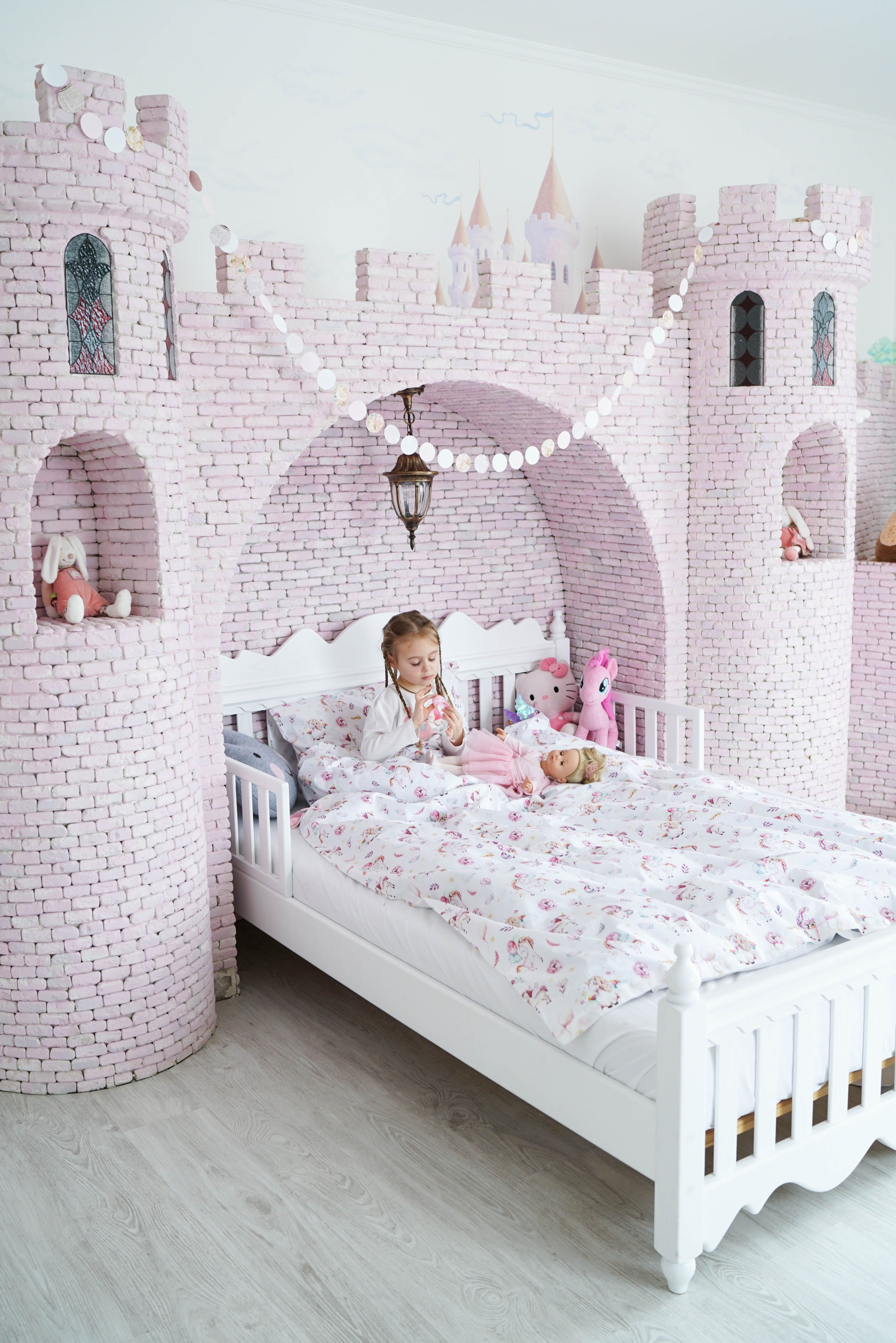 Children Kids Bedroom Pink Love Grey Twins Interiordesign