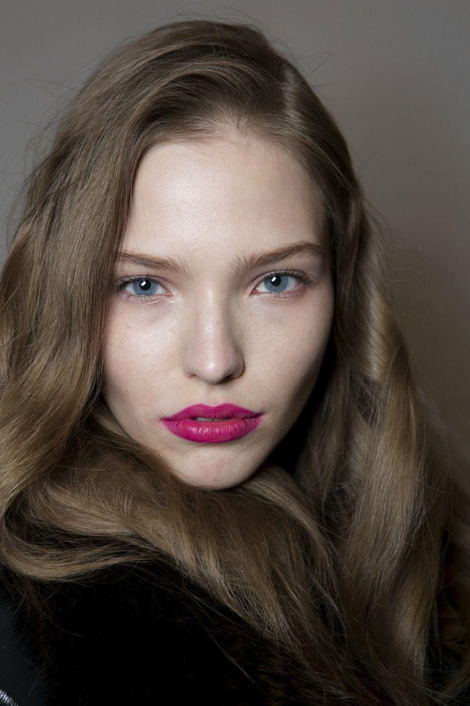 fuchsia lips