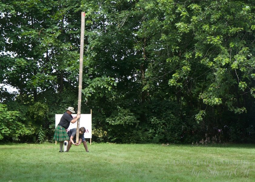 Positioning the caber - New Brunswick Highland Games