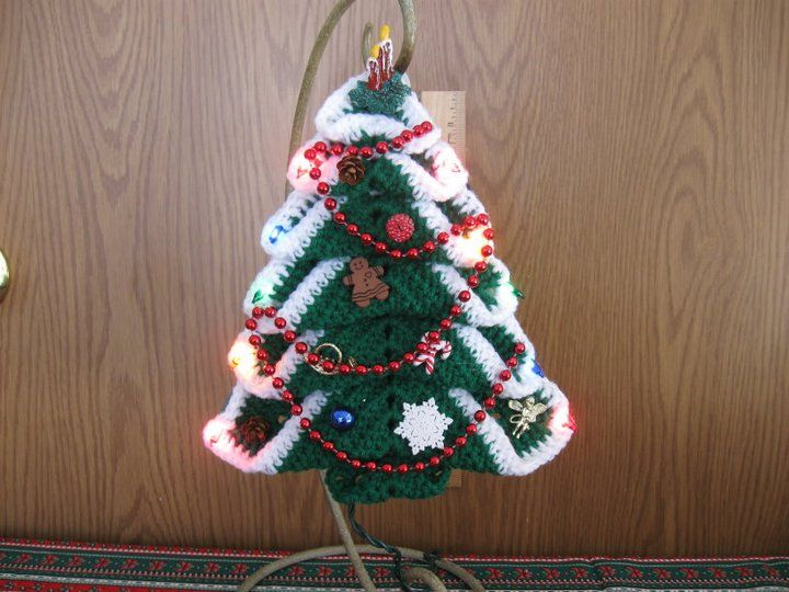 lighted Christmas tree wall hanging My Crocheted Creations