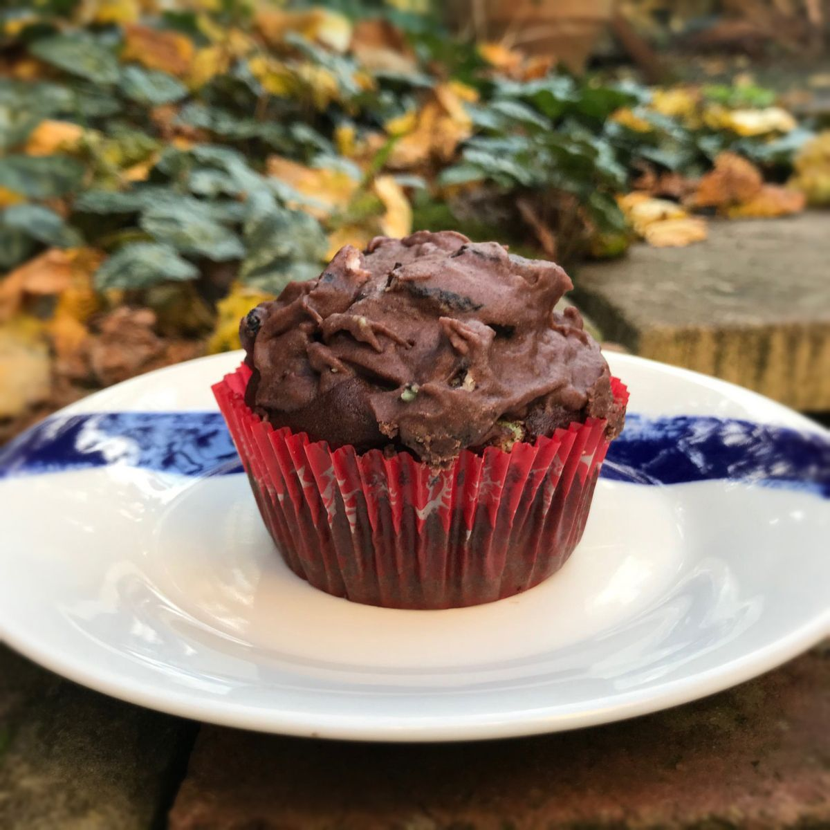 Vegan Cookies And Cream Cupcake Allergymums Recipe In 2020 Vegan Cookies Fun Baking Recipes Cookie And Cream Cupcakes
