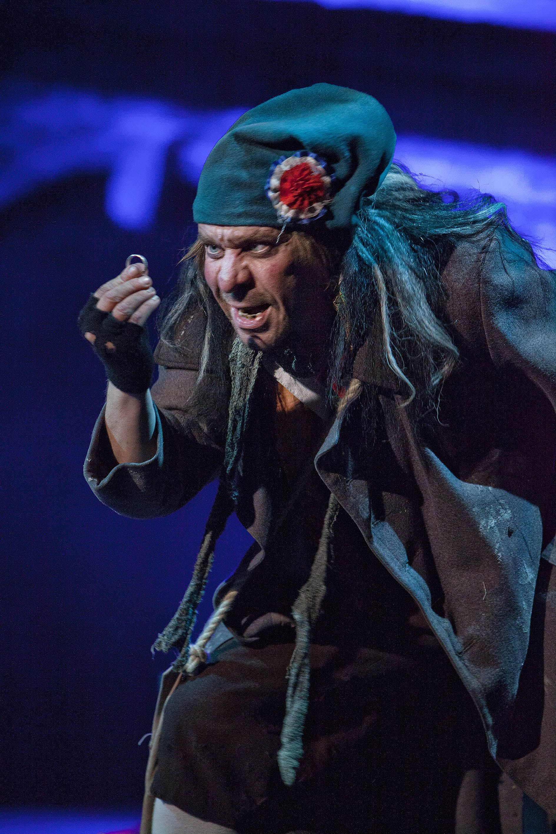 Les Misérables, Tampereen Teatteri: Risto Korhonen (Thénardier). Photo: Harri Hinkka