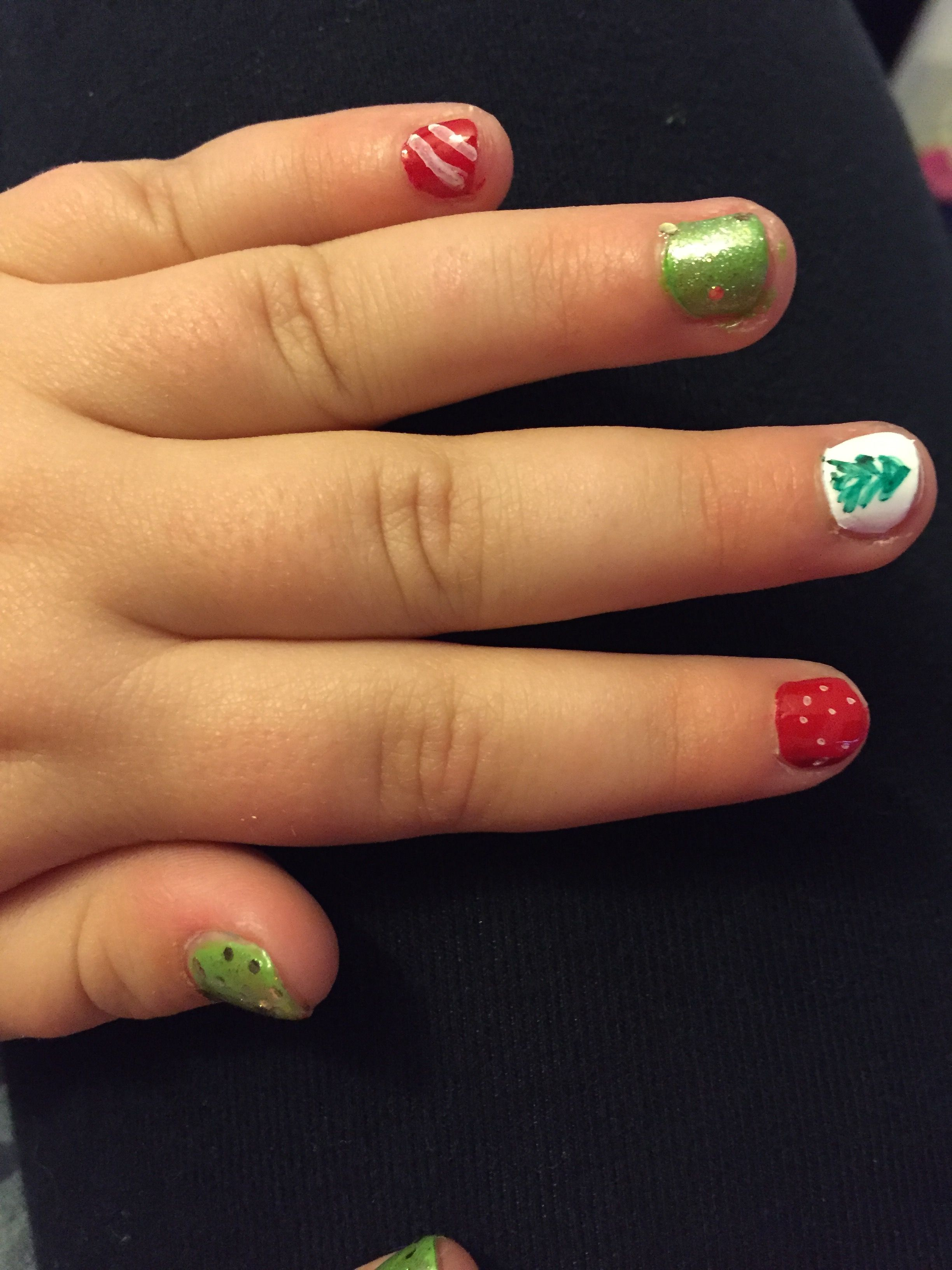 little girl christmas nails