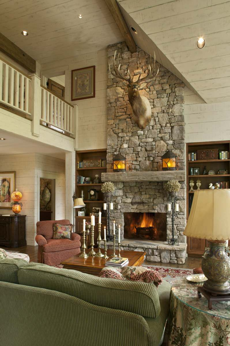 19 Colorful And Decorated Family Rooms Home Awakening In 2020 Rustic Fireplace Decor Stone Fireplace Designs Fireplace Design #small #living #room #with #fireplace #decorating