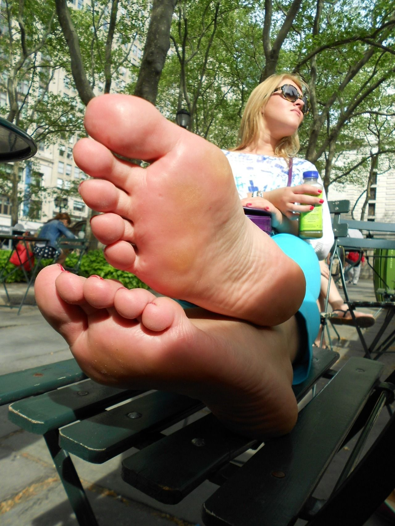 Blonde Showing Her Bare Soles In Public