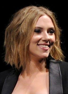 Midi Style Scarlett Johansson Johansson In 2018 Pinterest Hair