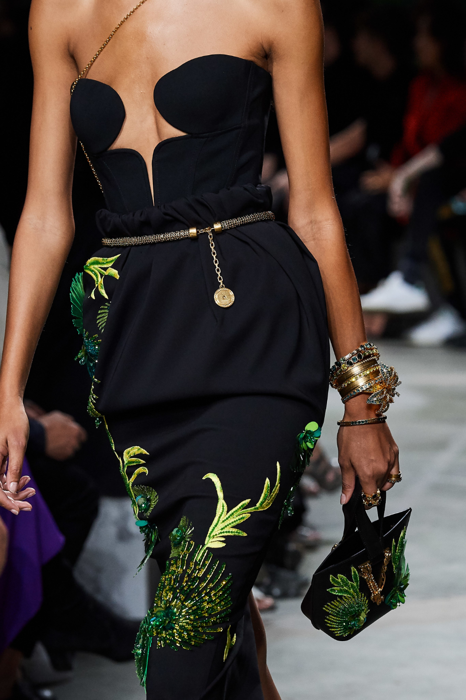 Versace Spring 2020 Ready to Wear Fashion Show | Fashion