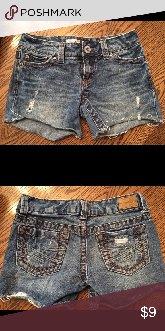 Aeropostle cut off shorts Aeropostle cut offs, very cute on. Wears nicely. Aeropostale Shorts Jean Shorts