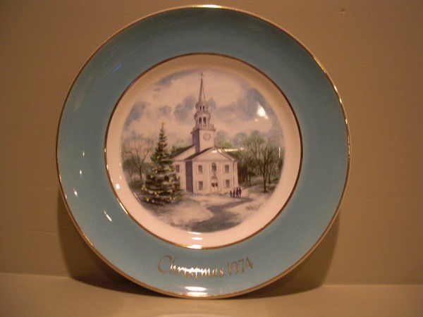 Avon Country Church Christmas Plate Series Second Edition 1974 Enoch Wedgewood